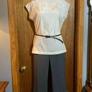 Daisy Fuentes- Gray Dress Pants - SZ 8